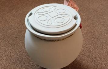 roman style urn